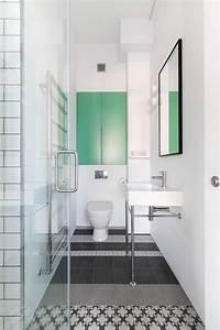 Carreaux De Ciment Salle De Bain : salle de bain avec un sol en carreaux de ciment ~ Melissatoandfro.com Idées de Décoration