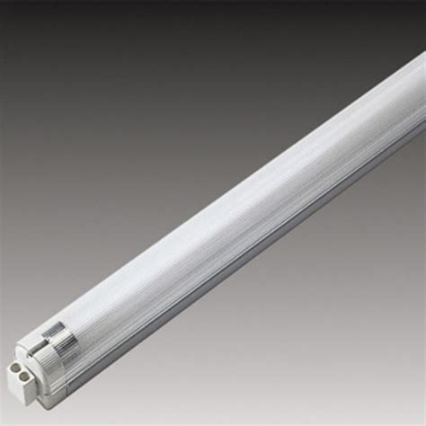 slimlite xl t5 fluorescent light fixture by hera