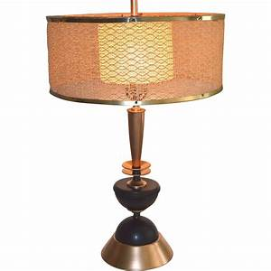 Mid Century Modern Table Lamp With Original Shade ...