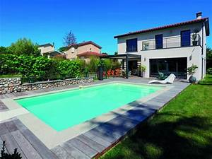 une piscine lyonnaise entre bois et pierre With beautiful amenagement piscine en bois 13 amenager une suite parentale