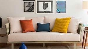 como harmonizar o sofá com as almofadas