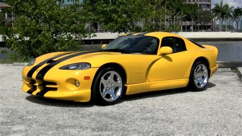 how things work cars 2001 dodge viper navigation system 2002 dodge viper gts coupe gulfstream motorcars quot viper race yellow quot youtube