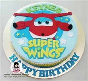 Super Wings Torte : super wings cake pasta parem torten pinterest wings ~ Kayakingforconservation.com Haus und Dekorationen
