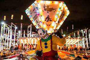 House of Horror Carnival offers creepy shows and houses ...  Carnival