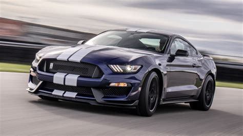 Ford Mustang Shelby Gt350 Upgraded For 2019 Autoblog