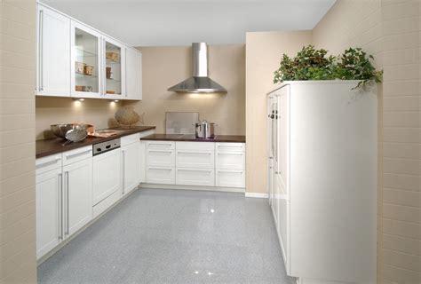 kitchen walls with white cabinets beige kitchen walls with white cabinets quicua com