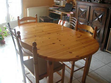 chaises de cuisine en pin troc echange meuble de cuisine en pin table 6 chaises enfilade sur troc