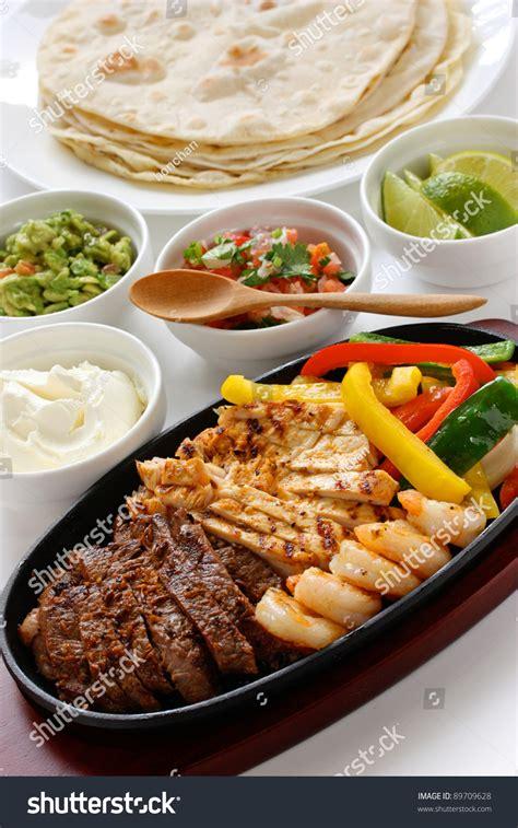 cuisine tex mex beef chicken shrimp fajitas cuisine stock photo