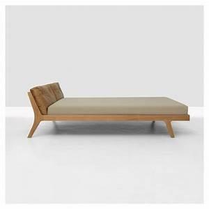 Lit Bois Massif Design : mellow lit contemporain bois massif zeitraum ~ Teatrodelosmanantiales.com Idées de Décoration