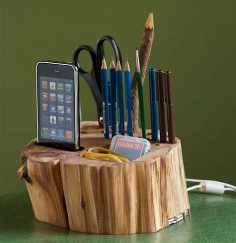 pin  danielle delaurentiis  diy wooden desk
