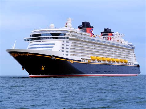 Hurricane Matthew Causes Disney Dream To Make Changes To ...