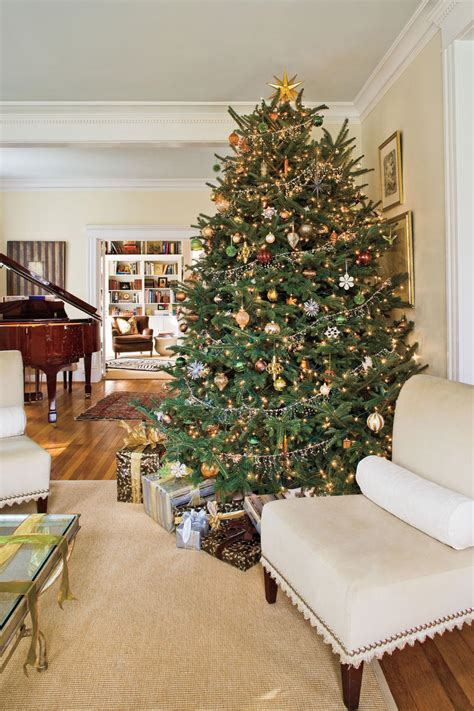 christmas tree decorating ideas christmas tree decorating ideas southern living