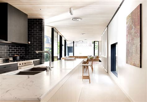 brick house smooth curves interiorzine