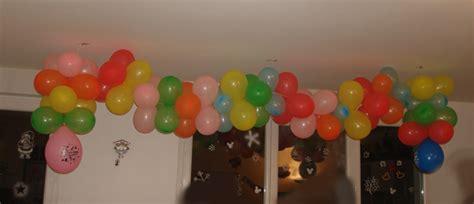 d 233 coration anniversaire ballons au plafond