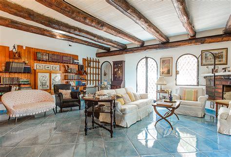 travi in legno per soffitto tante idee per il soffitto con le travi a vista gabetti