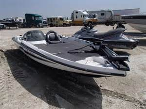 Boat Salvage Dallas Tx by Repairable 2011 Bass Boat Only For Sale In Tx Grand