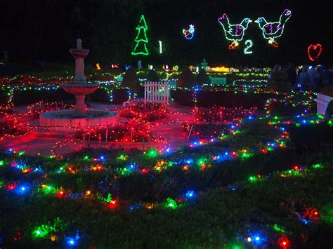 good christmas lights in the east valley 2018 valley gardens lights spectacular 2018 newy with