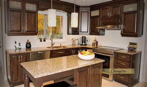 comment renover une cuisine en bois rnover une cuisine en bois agrandir une cuisine bois et