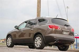 2011 Buick Enclave Review • AutoTalk