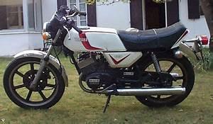 Yamaha 125 Rdx : la yamaha 125 rdlc 125 cm3 g n ral 125cm3 forum scooters et 125 ~ Medecine-chirurgie-esthetiques.com Avis de Voitures