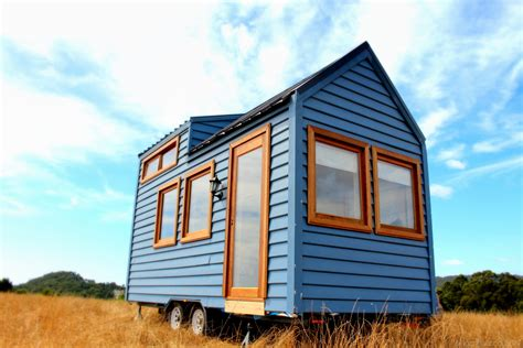 tiny house  sale   order tiny real estate
