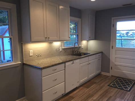 merillat classic ralston turns  small kitchen