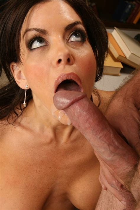 sexy milf Teacher Fucks A Male Student After Class Pichunter