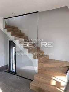 Garde Corp Escalier : etude et fabrication garde corps en verre pour protection ~ Dallasstarsshop.com Idées de Décoration