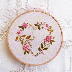 """Flower Heart - 6"""" embroidery kit – Tamar Nahir-Yanai"""