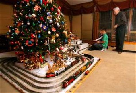 christmas trains for under the tree for many families trains never went out of style daily herald
