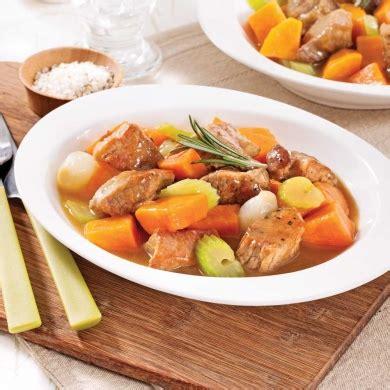 cuisiner de la patate douce mijoté de porc à la patate douce recettes cuisine et