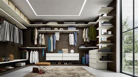 idee  illuminare la cabina armadio