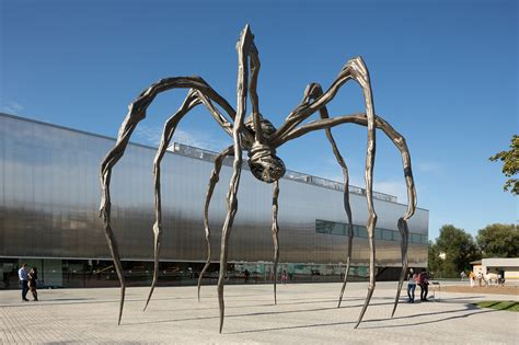 louise bourgeoiss anxieties find  home  moscows art