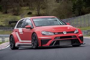 Golf Sport Volkswagen : volkswagen golf gti clubsport s nurburgring review gtspirit ~ Medecine-chirurgie-esthetiques.com Avis de Voitures