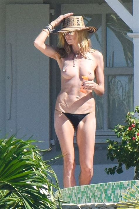 Heidi Klum Topless 42 Photos Thefappening