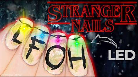 diy stranger  led christmas light nail art geekologie