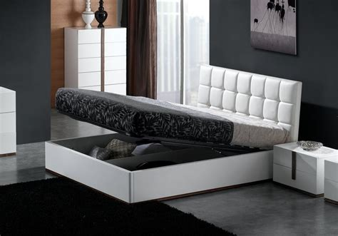 White Ottoman Bed Small by Montina High Gloss Faux Leather Storage Bed White