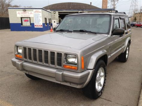 purchase   jeep cherokee limited wd sunroof