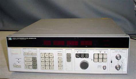 Hewlett-Packard 3335A Synthesizer / Level Generator