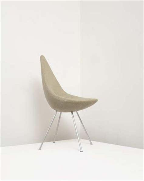 drop chair by arne jacobsen chairblog eu