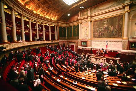 si e de l assembl nationale géolocalisation l assemblée nationale adopte le texte