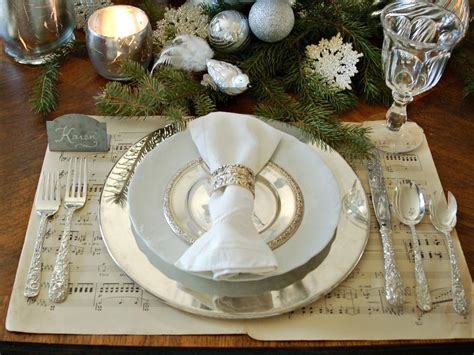 table setting for christmas 28 christmas table decorations settings hgtv