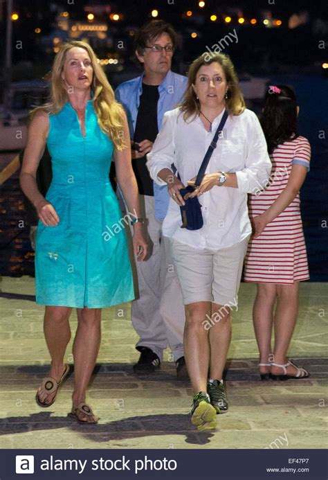 laurene powell jobs young laurene powell jobs 2014 www pixshark images