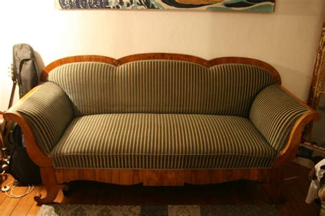 Biedermeier Sofa Zu Verkaufen by Antiquit 228 Ten Antiquit 228 Ten Kunst Sammlungen