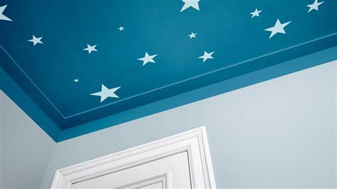 pourquoi le plafond doit faire partie int 233 grante de la d 233 coration de la chambre de votre b 233 b 233