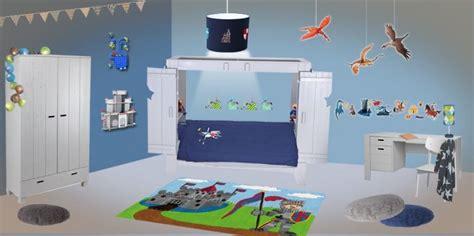 theme deco chambre pochoir chambre garcon meilleures images d 39 inspiration
