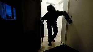 Einbrecher Im Haus : ganoven auf dem vormarsch jeder zweite einbrecher steigt ~ Lizthompson.info Haus und Dekorationen