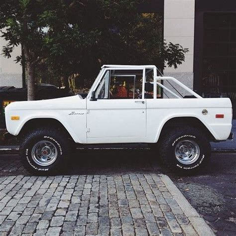 jeep bronco white best 25 bronco car ideas on pinterest ford bronco ford