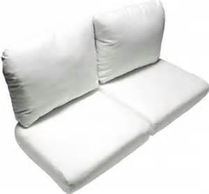 deluxe wicker love seat cushion set