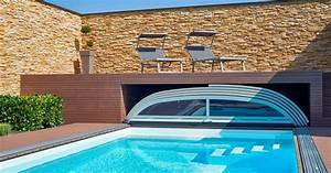 Pool Mit überdachung : swimmingpool mit berdachung und garage f r ~ Michelbontemps.com Haus und Dekorationen